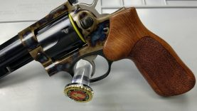 Ruger GP100 38/357 Case Colored — Tabletop Preview