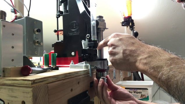 Cutting Cork Wad with Lee APP